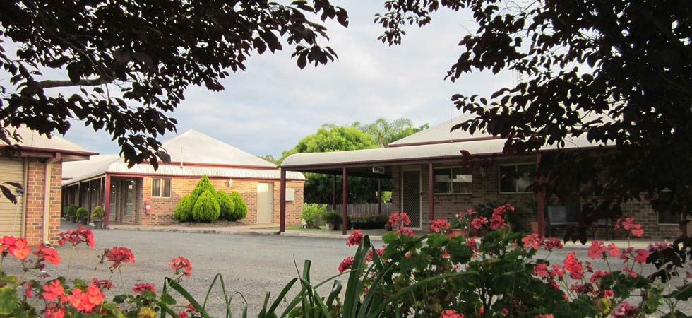 Crows Nest Motel provides comfortable, well-appointed accommodation for the whole family