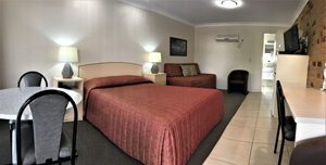 Queen Single Room at Crows Nest Motel
